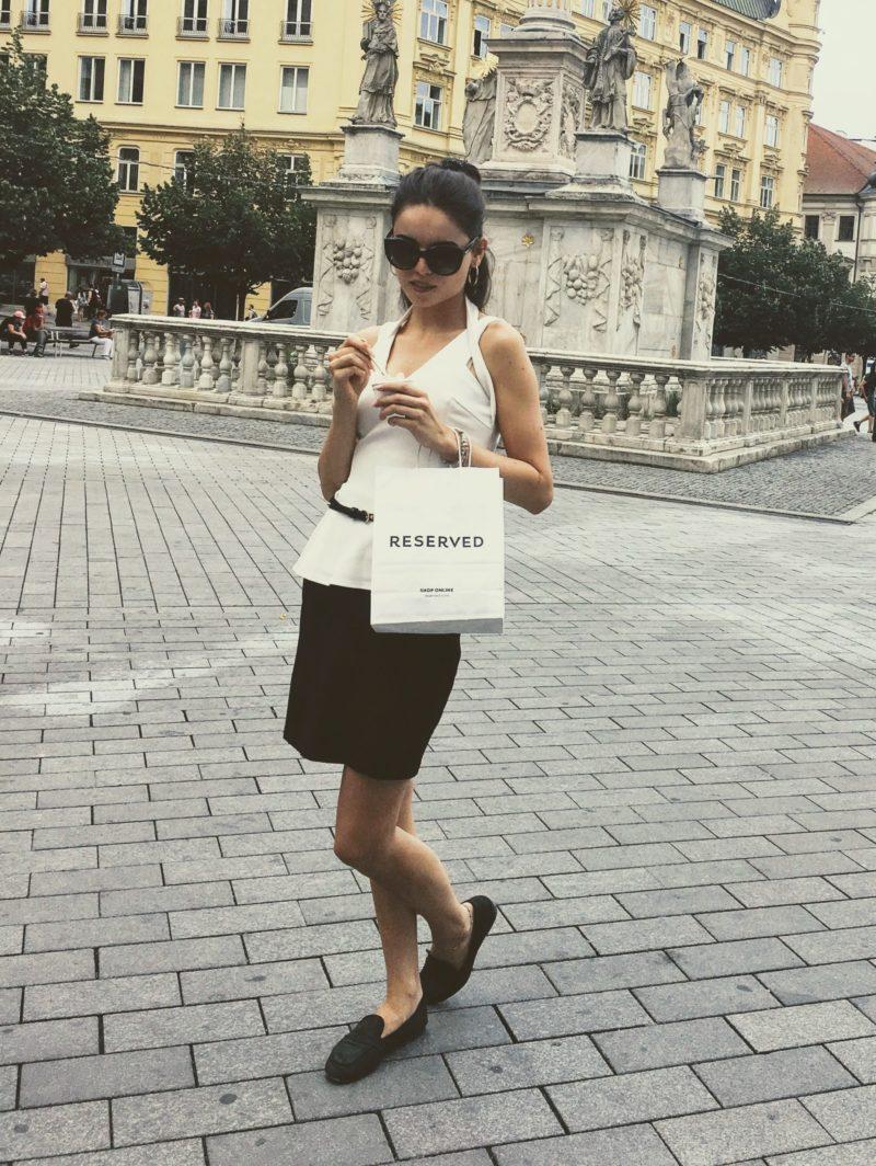 Léto ve městě: černobílý look